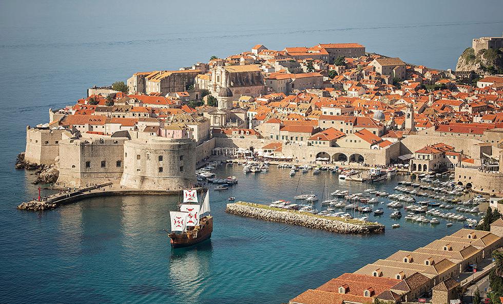 クロアチア・ドゥブロヴニク(上)「アドリア海の真珠」と呼ばれる港町