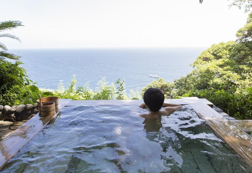 絶景が楽しめる露天風呂「碧海」