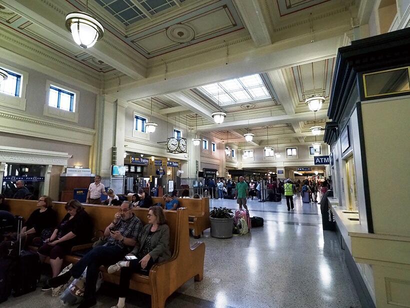 バンクーバーのターミナル駅「パシフィック・セントラル」