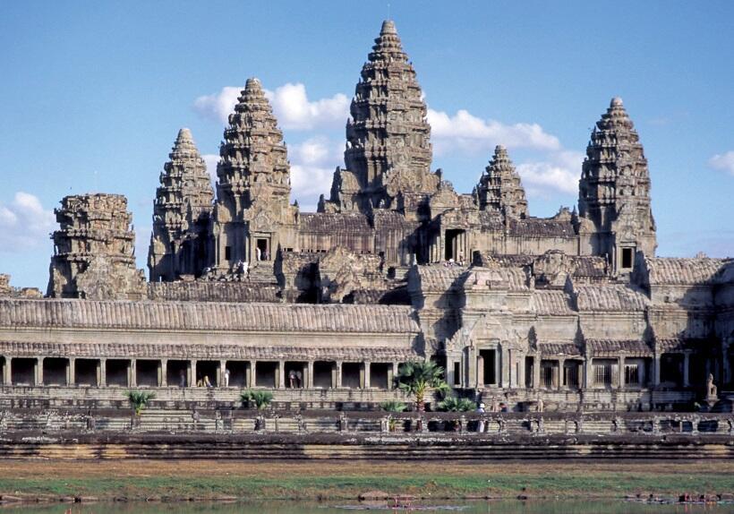 世界遺産の古代遺跡を訪ねて カンボジアのアンコール