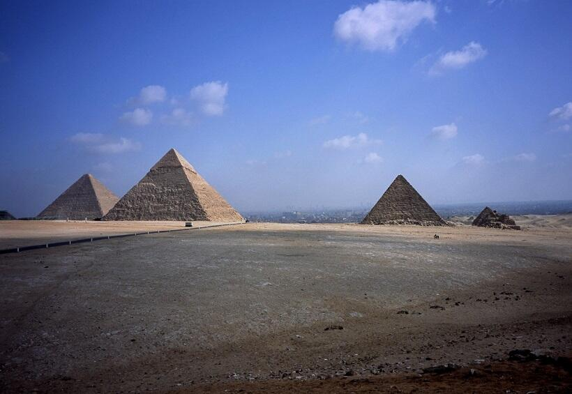 世界遺産の古代遺跡を訪ねて ギザのピラミッド