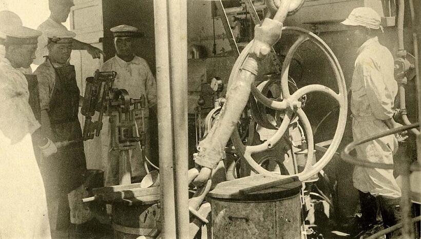 装甲巡洋艦「磐手」に搭載されていたラムネ製造機(1929年頃撮影、写真提供/大和ミュージアム)