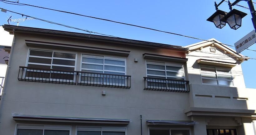 西武池袋線東長崎駅前にある「トキワ荘」そっくりの交番