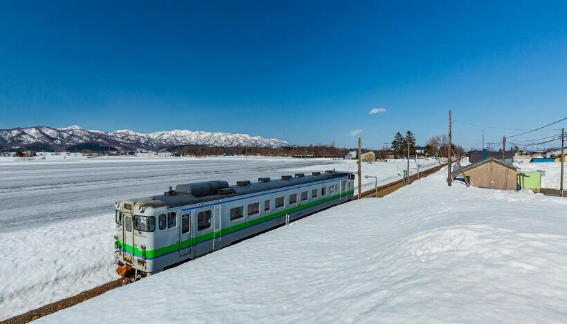 雪景色もこの冬が見納め、札沼線非電化区間が廃線へ