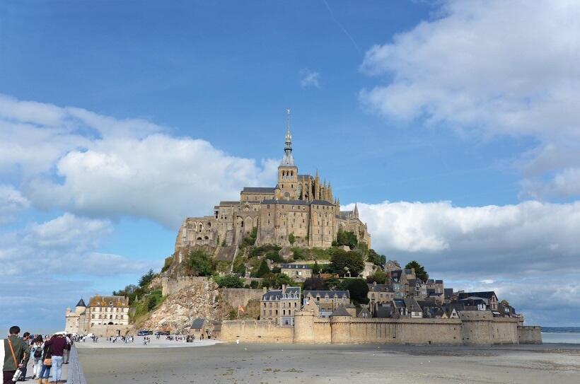 海に浮かぶ聖地モン・サン=ミッシェル(1)日本人に大人気の世界遺産