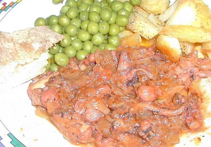マルタの年上の友人宅でふるまわれたタコ料理