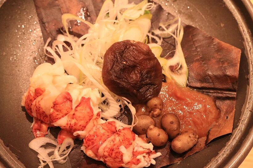 陶板「オマール海老朴葉焼き」