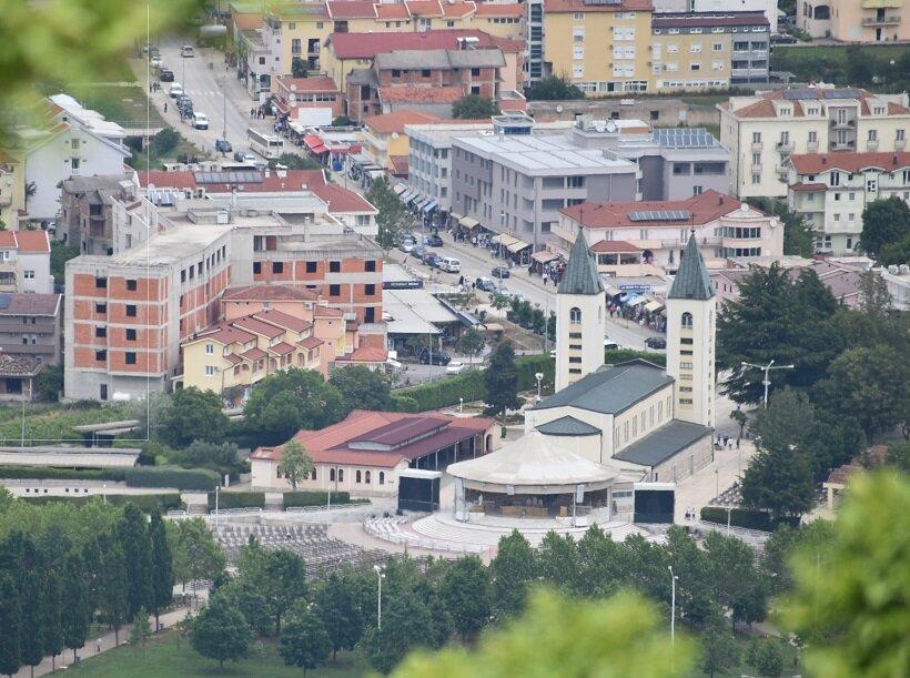 ボスニア・ヘルツェゴビナへの旅(5)巡礼者たちが集まるメジュゴリエ