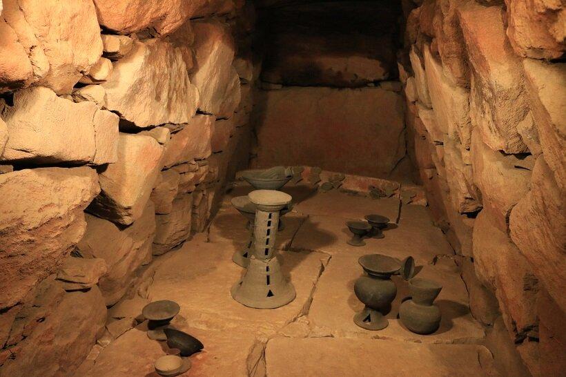 前二子古墳の石室