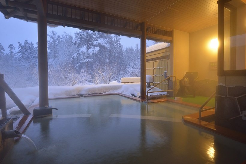 全11室に露天風呂が付く雪見宿