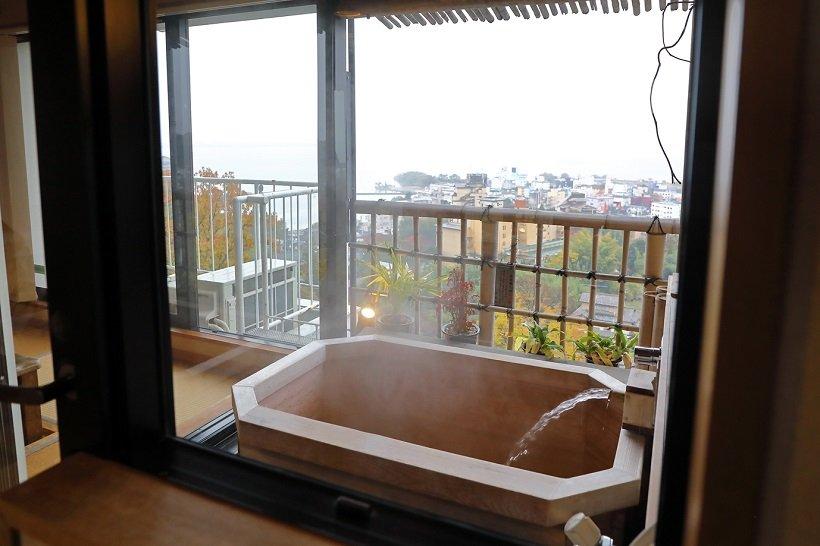 客室露天風呂で優雅なひと時を