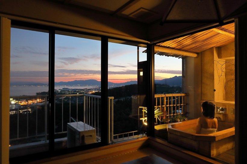 琵琶湖望む客室露天も1万円台!