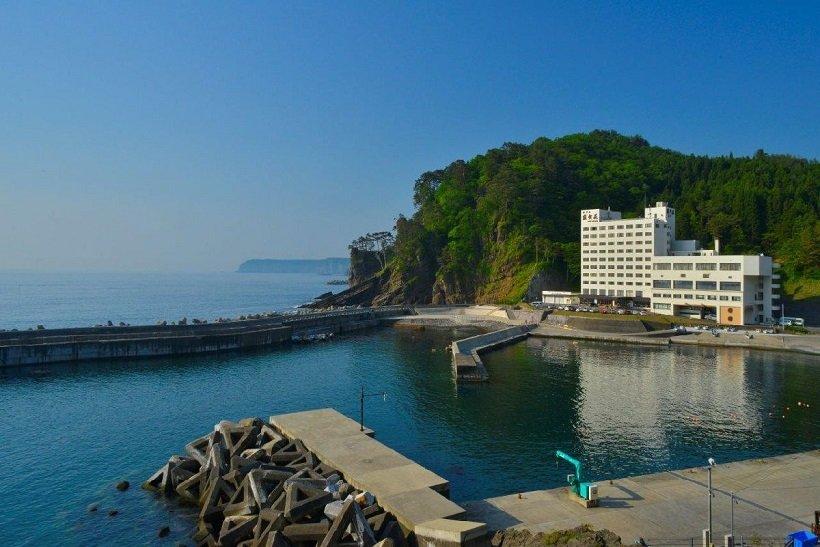 潮騒の宿・ホテル羅賀荘
