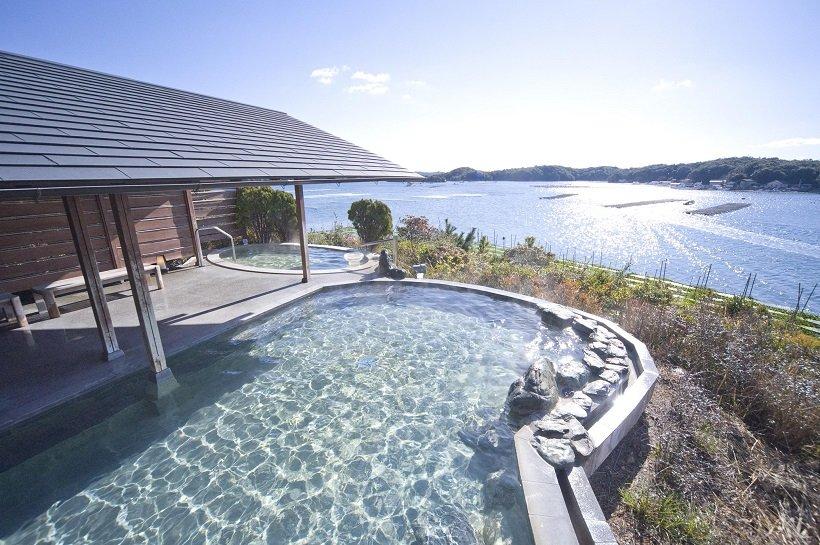 息をのむほど美しい眺めの庭園露天風呂