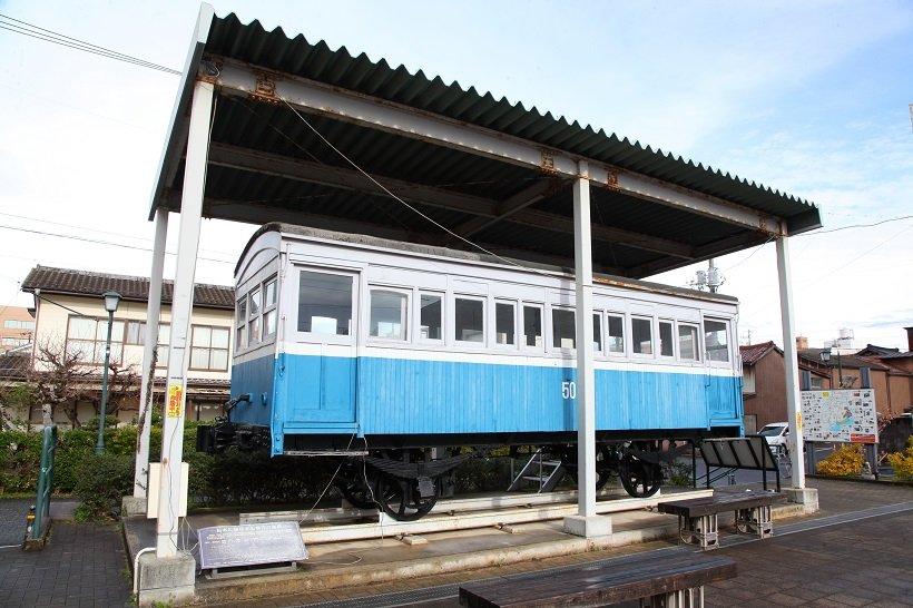 法勝寺電鉄線の客車